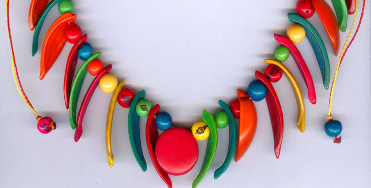Collier tagua