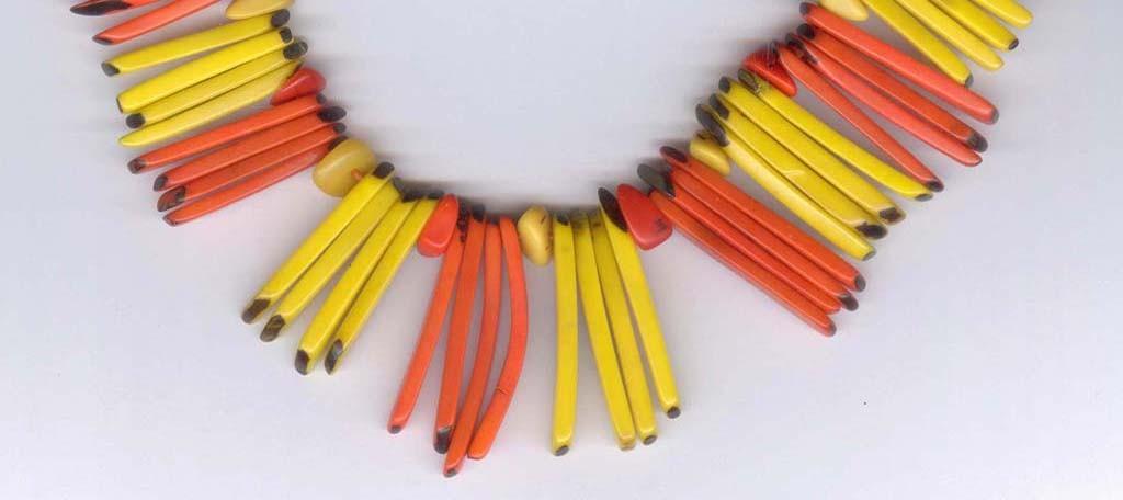 Colliers en batonets de tagua